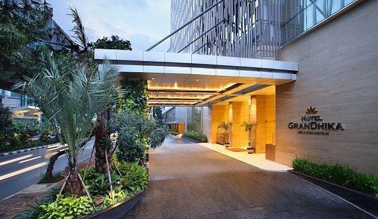 Lowongan Hotel Grandhika